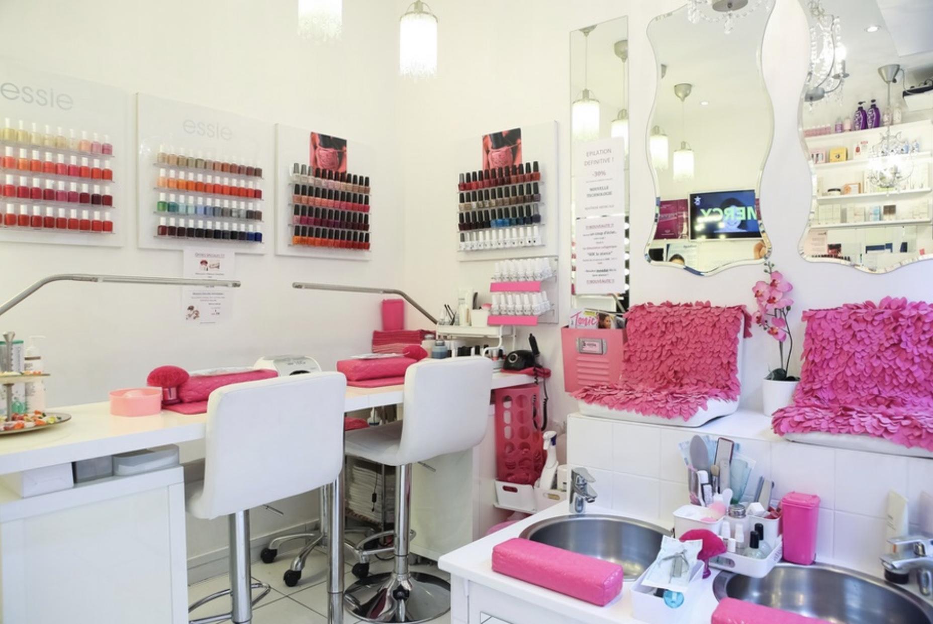 Institut Glamour Beauty Bar